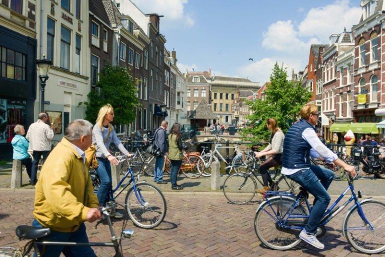 Utrecht cyclists (picture credit Visit-Utrecht.com)