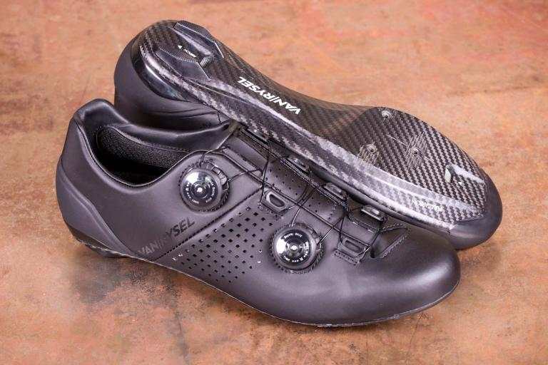 Van Rysel RR 900 Carbon Road Cycling Shoes.jpg