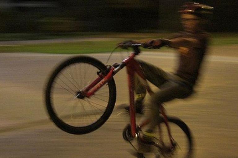 Wheelie (licensed on Flickr under CC BY 2.0 by Carlos Felipe Pardo).JPG