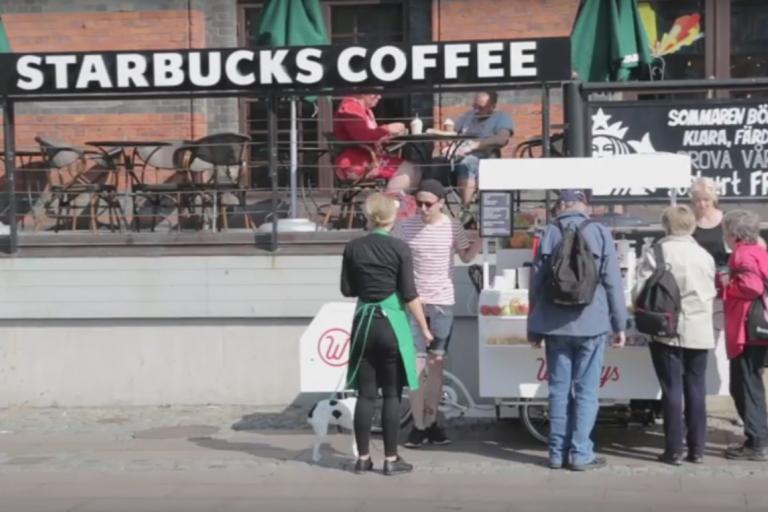 Wheelys set up outside Starbucks (via YouTube).jpg