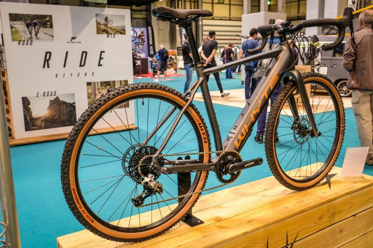 Whyte Gosford gravel e-bike-7