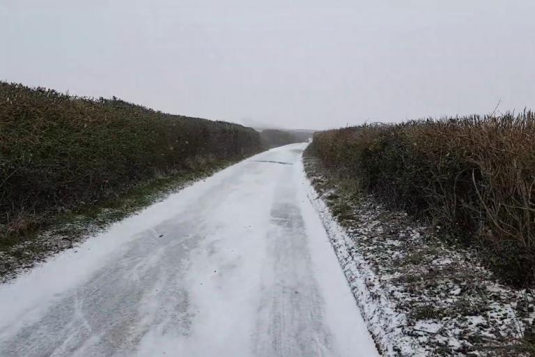 76650f732 Live blog  POLL  do you ride in ice and snow  +