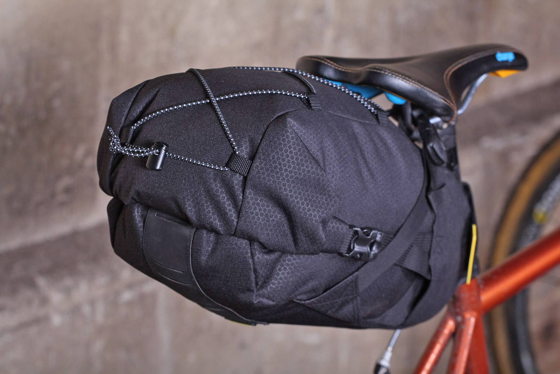 ad1a58cabab718 Review: Topeak BackLoader 10L seat pack | road.cc